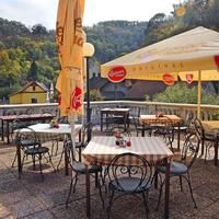 In case of nice weather you can enjoy lunch during the trip on nice terrace with beautiful castle panorama.