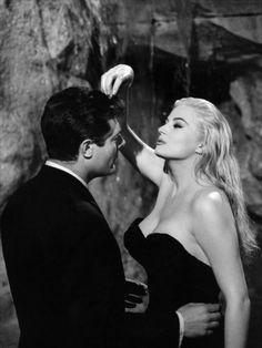 Marcello Mastroianni, Anita Ekberg - 'La Dolce Vita' (1960)