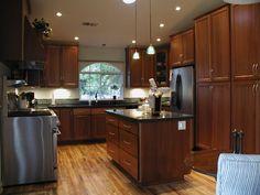 Decorations On Maple Kitchen Cabinet | reisurso