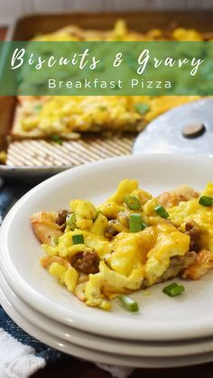 Breakfast Pizza, Sausage Breakfast, Breakfast Casserole, Biscuits And Gravy, Cookies Et Biscuits, Ambrosia Salad, French Toast Bake, Baked Eggs, Lunches And Dinners