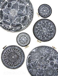 DIY: embroidery hoop doodles