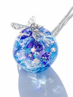 [★PSYCHE☆] 空の星と海の星 ネックレス 《再販》 Kawaii Jewelry, Kawaii Accessories, Cute Jewelry, Jewelry Accessories, Magical Jewelry, Diy Resin Crafts, Resin Charms, Fantasy Jewelry, Cute Crafts