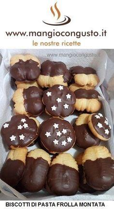 Come fare i #biscotti con pasta frolla montata - #ricette di #mangiocongusto http://www.mangiocongusto.it/2017/11/21/biscotti-con-la-frolla-montata/