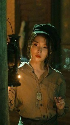 IU as Jang Man Wol Korean Actresses, Korean Actors, Korean Star, Korean Girl, Iu Moon Lovers, Luna Fashion, Korean Artist, Korean Celebrities, K Pop