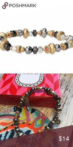 Stella & Dot Moxie Stretch Bracelet GUC Vintage Stella & Dot Moxie Stretch Bracelet. Some stones look slightly discolored. Used for display purposes only. Comes with original box. Stella & Dot Jewelry Bracelets