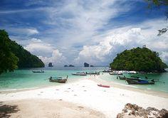 Tup Island, Phi Phi, Thailand