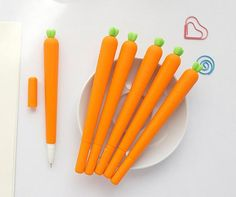 Cheap caneta material escolar, Buy Quality gel pen directly from China pen stationery Suppliers: 1 X Carrot shape gel pen stationery writing pens canetas material escolar office school supplies papelaria Cute School Supplies, Office And School Supplies, School Office, Pencil Writing, Writing Pens, Kawaii Pens, Cute Pens, Stationery Pens, Gel Pens
