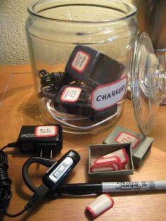 charger organisation - labels are very helpful too ✰ Organisation Hacks, Household Organization, Storage Organization, Organizing Ideas, Charger Organization, Cord Storage, School Organization, Storage Ideas, Kitchen Organization