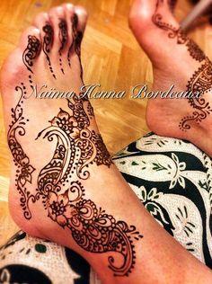 Naïma henna Bordeaux vous fait des tatouages au henné pour toutes occasions
