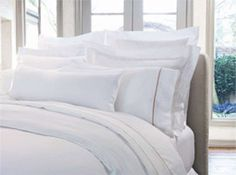 Making the Heavenly Bed!  Step-by-step instructions on how to make the Heavenly Bed.  My next purchase!  I cannot wait!