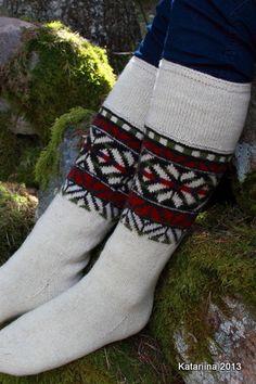 katariina käsitöö. Mustjala sukad