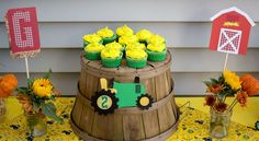 John Deere / tractor Birthday Party Ideas | Photo 4 of 13
