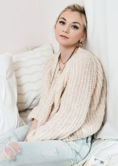 Dressing Your Truth Type 2/1 Emily Kinney (not officially Typed)