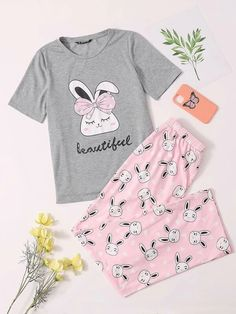 Cute Pajama Sets, Cute Pajamas, Pajamas Women, Girls Fashion Clothes, Kids Outfits Girls, Teen Fashion Outfits, Cute Comfy Outfits, Cool Outfits, Cute Pjs For Women