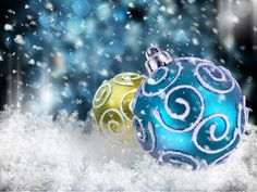 Image from http://www.zastavki.com/pictures/originals/2012/New_Year_wallpapers_Christmas_balls_in_the_snow_035982_.jpg.