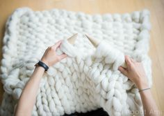 Extreme Knitted Blanket - All About Ami                                                                                                                                                                                 Más