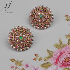 sparkles of real uncut diamonds, gems and pearls makes jewelry beautiful ! Italian Gold Jewelry, Real Gold Jewelry, Ruby Jewelry, Ear Jewelry, Rajputi Jewellery, Mens Gold Bracelets, Temple Jewellery, Gold Jewellery, Gold Earrings Designs