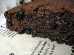 Brownie FIT de Microondas.Ingredientes:2 C de sopa de açúcar mascavo ou demerara - 2 C de sopa de cacau em pó1 e 1/2 colher de marg...