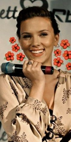 f8455e2ca8 35+ Scarlett Johansson Best Photos in the Web! - Page 14 of 31