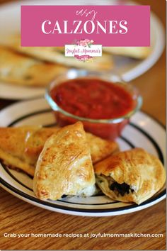 We love to have a special dinner on Sundays when we have family movie night. We had been ordering pizza and we probably will still do that a couple times a month. But on the other weeks, these Easy Calzones are on the menu. I love that you can personalize them with your own fillings or you can make a bunch of one kind and freeze the extras for another week. #calzonerecipes #yummycalzones #joyfulmommaskitchen #fundinnerrecipes #datenightdinnerideas My Favorite Food, Favorite Recipes, Good Food, Yummy Food, Yummy Snacks, Fun Food, Football Food, Recipe Today, Freezer Meals
