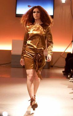 El Naturalista Solar en desfile de moda Eco Fashion Bracelona @elnaturalistaes http://shop.elnaturalista.com/n865-desert-granada-solar.html