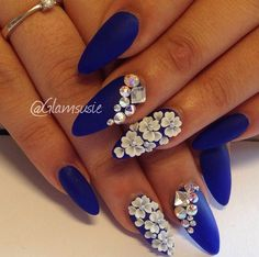 With coffin shape. Color and one nail of 3D nail