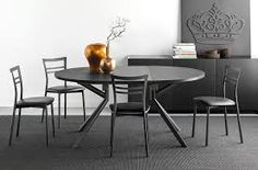 Shop this connubia giove wide round extending dining table from our top selling Connubia dining room tables. LuxeDecor is your premier online showroom for dining room furniture and high-end home decor. Round Extendable Dining Table, Counter Height Dining Table, Solid Wood Dining Table, Dining Table In Kitchen, Table And Chairs, Dining Chairs, Contemporary Kitchen Tables, Painted Kitchen Tables, Leaf Table