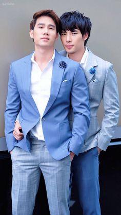 Max and Tul Cute Asian Guys, Asian Love, Asian Men, Kdrama, I Still Love Him, Bad Romance, Love Scenes, Cute Gay Couples, Thai Drama