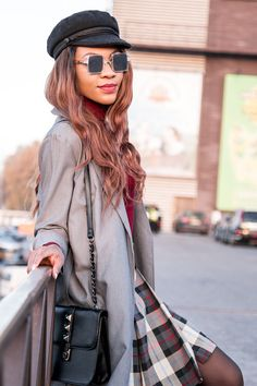 Stylish grey fall outfit