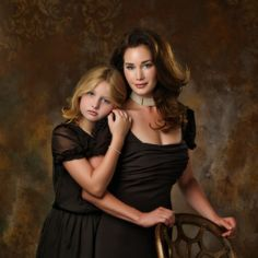 Beautiful image by Tim Walden on our   Royal Gold   backdrop. Perfect for families at the holidays.
