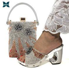 Only Shoes, Up Shoes, Shoes Sandals, Peach Shoes, Sacs Design, Italian Women, Italian Shoes, Silver Shoes, Toe Shape