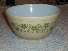 Vintage Pyrex 402 Speckled Spring Blossom Green Crazy Daisy Mixing Bowl Dot | eBay