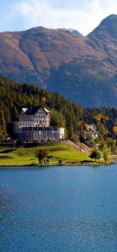 Amazing view of Coast of St. Moritz lake, Switzerland | See why Switzerland is the Country where Splendor seems to be Endless