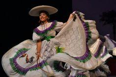 Aguascalientes!!!!! By ballet folklorico de mexico lindo  #dance #mexicandance #balletfolklorico #folklorico #soymexicolindo #beauty #passion