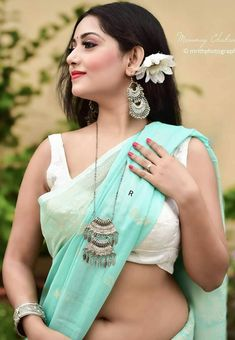 Beautiful Girl Photo, Beautiful Girl Indian, Beautiful Indian Actress, Beautiful Saree, Beautiful Women, Cute Beauty, Beauty Full Girl, Beauty Women, Long Indian Hair
