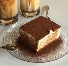 Find images and videos about food, sweet and chocolate on We Heart It - the app to get lost in what you love. Think Food, I Love Food, Good Food, Yummy Food, Cute Desserts, Dessert Recipes, Dessert Food, Breakfast Dessert, Chocolate Desserts