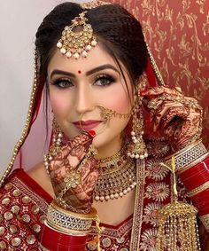 Beautiful Indian Brides, Beautiful Bride, Bridal Makup, Arabic Dress, Lehenga Designs, Bridal Looks, Belly Dance, Wedding Photography, Photography Ideas