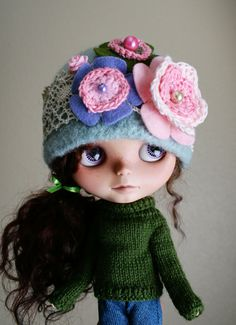 OOAK Vintage Cloche Style Hat for Blythe  Felted Wool  by elifins