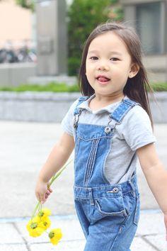 FAMILY FASHION FRIDAY: DUNGAREES   wp.me/p4KmZN-1fv   #KiyomiSueBachdim #JenniferBachdim #TheDancingJewels #fashionableFamily #Babygirl #fashionblog #styleblogger