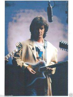George Harrison (A Wilbury)