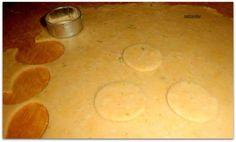Slané syrovo-šunkové krekry (fotorecept) - recept   Varecha.sk Pizza, Basket