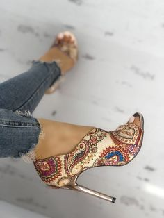Head over Heels - Tribal Print Peep Toe Thin Heeled Sandals Lace Up Heels, Pumps Heels, Stiletto Heels, Heeled Sandals, Low Heels, Peep Toe Heels, Sandals Outfit, Shoes Sandals, Women's Shoes