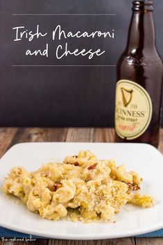 Add a touch o' the Irish to your mac and cheese! Guinness and Dublin cheddar turn an American comfort food classic into Irish mac and cheese. Cheese Recipes, Pasta Recipes, Cooking Recipes, Irish Mac And Cheese Recipe, Dubliner Cheese, Guinness Recipes, Irish Beer, Smoked Bacon, Irish Recipes