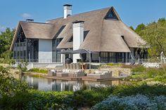 rietdekkersbedrijf Gregor van den Elzen - rietdekker - Villa , Mierlo, Geldrop-Mierlo, Brabant, Nederland