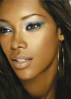 like the eye make up. Jessica White, the first African American model to hold two separate cosmetic campaigns for Maybelline and Cover Girl. Gorgeous Makeup, Love Makeup, Makeup Looks, Makeup Ideas, Pretty Makeup, Makeup Tips, Amazing Makeup, Beauty Makeup, Makeup Trends