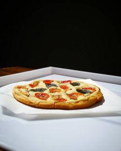 Vegan marguerita: Pizzas Flora.