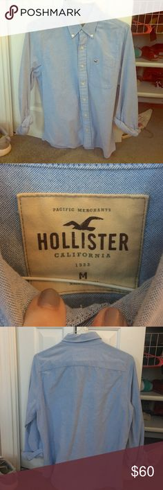 Hollister Denim Buttondown Soft Denim. Just the right amount of thickness/thinness, texture is perfect. Like new, only worn a couple times. Does not have the tags attached. Great for the coming spring. Send offers! Hollister Tops Button Down Shirts