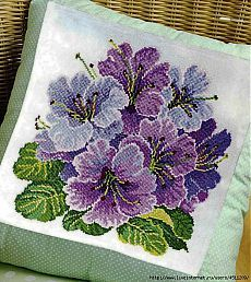 quilting like crazy Monogram Cross Stitch, Cross Stitch Cushion, Cross Stitch Love, Cross Stitch Flowers, Modern Cross Stitch Patterns, Cross Stitch Designs, Ribbon Embroidery, Cross Stitch Embroidery, Pixel Crochet