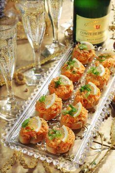 Skvělé jednohubky na Silvestra – Jednou do pusy Brunch Party, Bruschetta, Picnic, Food And Drink, Snacks, Ethnic Recipes, Kitchens, New Years Eve, Brunch