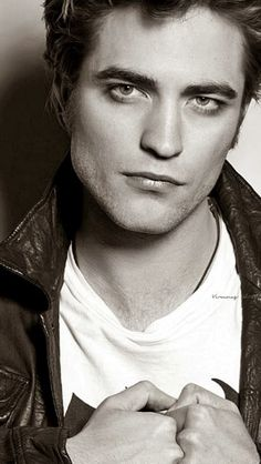 Robert Edward Bella, Edward Cullen, Most Handsome Actors, Robert Douglas, Robert Pattinson, Hollywood, Sexy